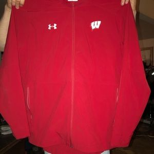 Badger zip up